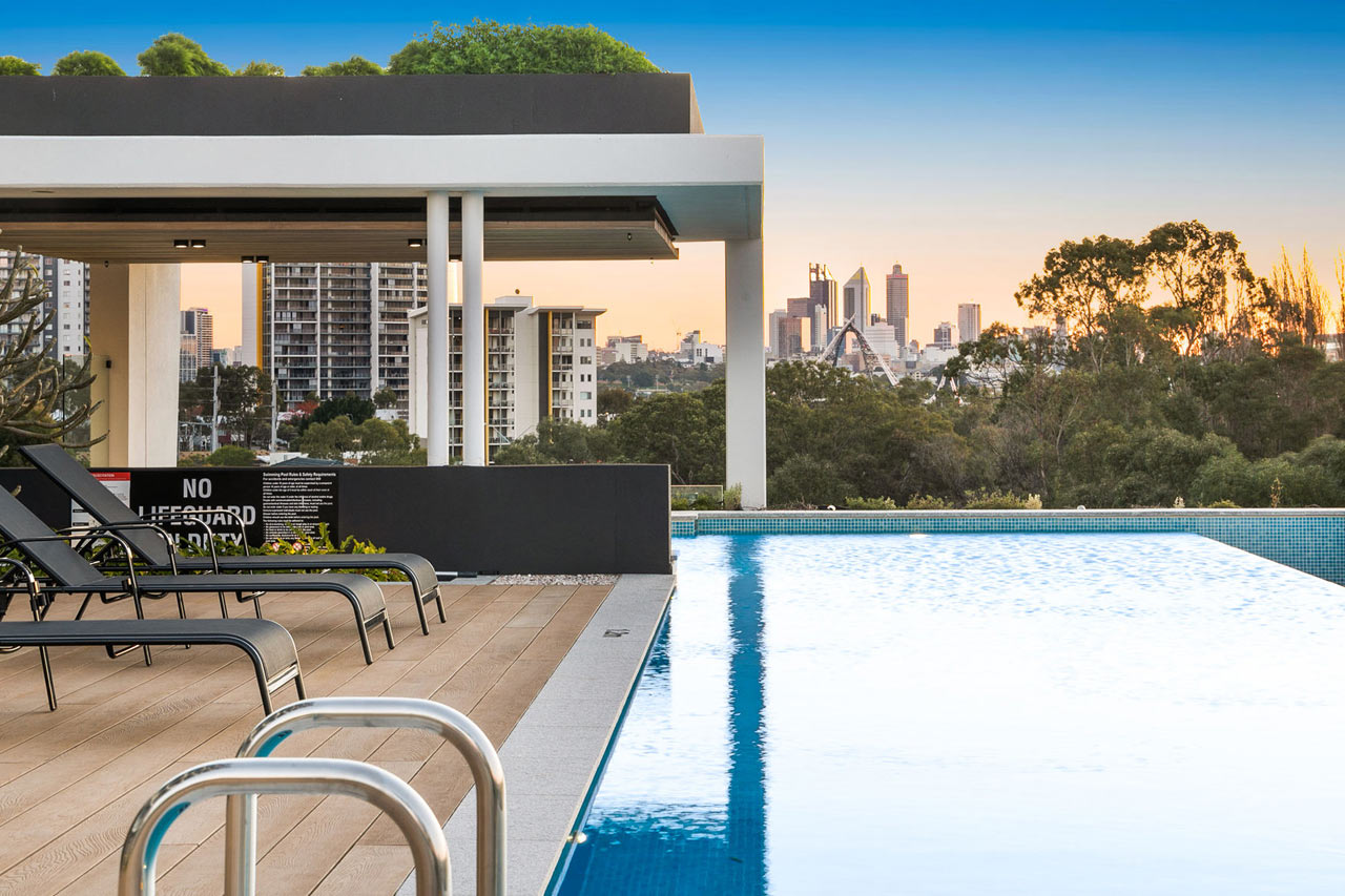 stunning views of Perth CBD from the swimming pool
